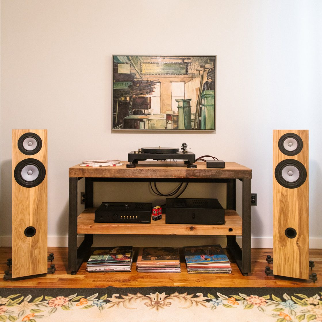 Audio Fern Roby Speakers Tower